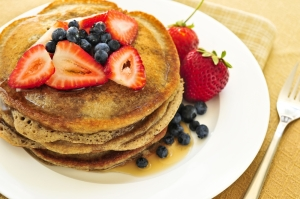 Stack your pancake with fruit